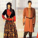 アゼルバイジャン・バクー ヘイダル・アリエフ 文化センター《下》 展示コーナー【模型、民族衣装他】
