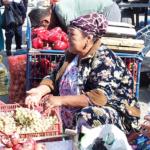 ウズベキスタン サマルカンドの野外市場